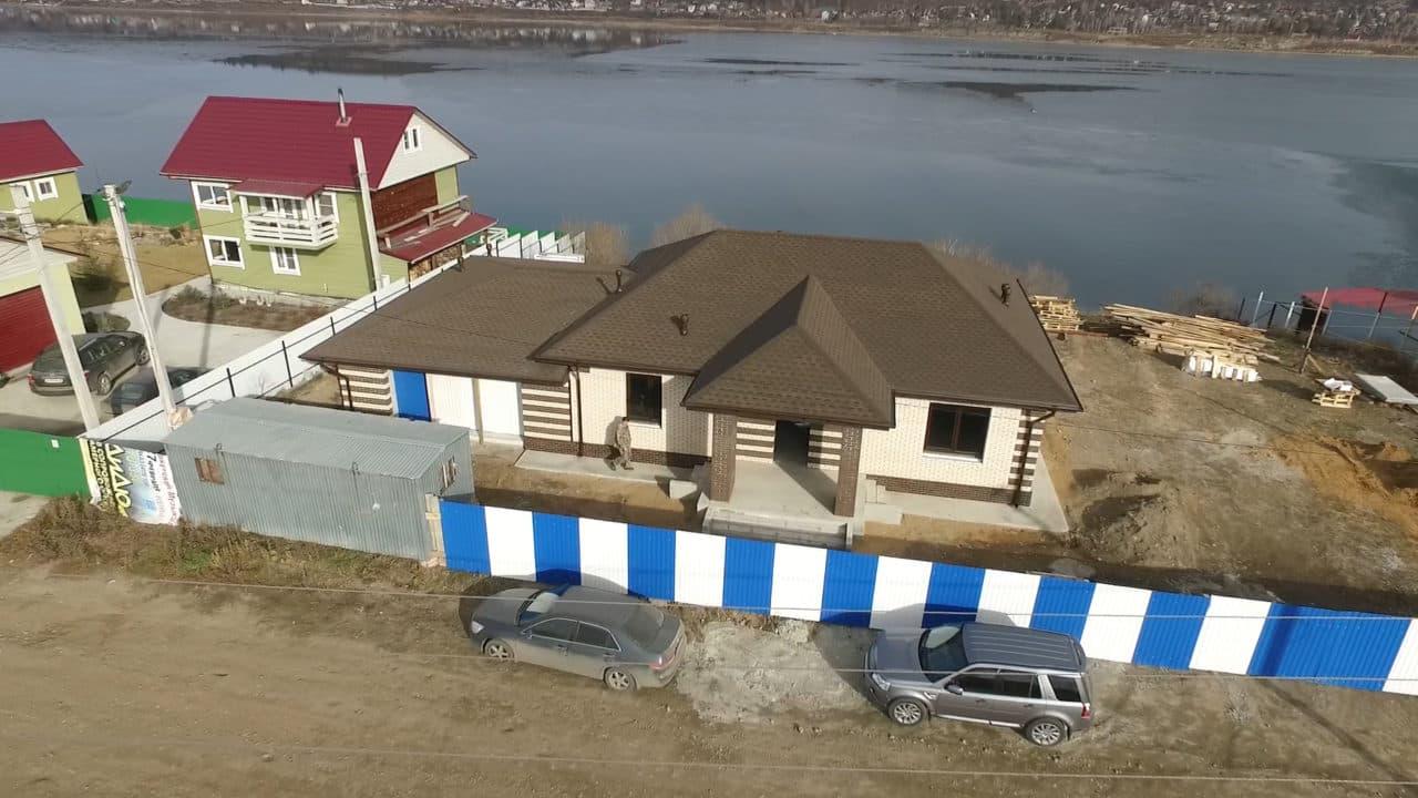 Одноэтажный дом из газобетона 200 кв. м. с гаражом - Фасад 4